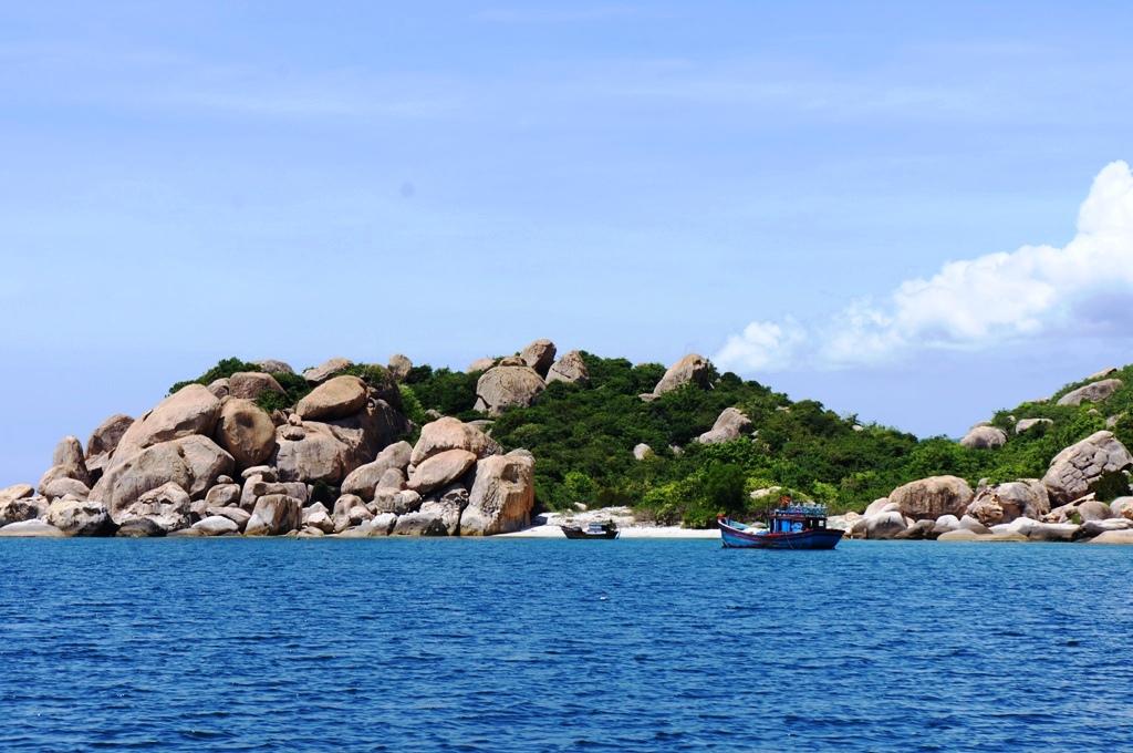 Khám phá đảo Bình Ba - Cam Ranh