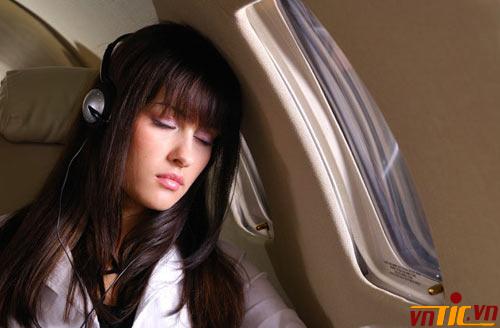 Bí quyết để ngủ ngon khi đi máy bay