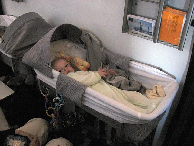 Vé máy bay dành cho trẻ em dưới 2 tuổi